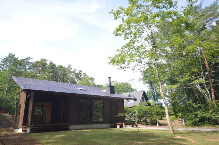 自然素材の平屋